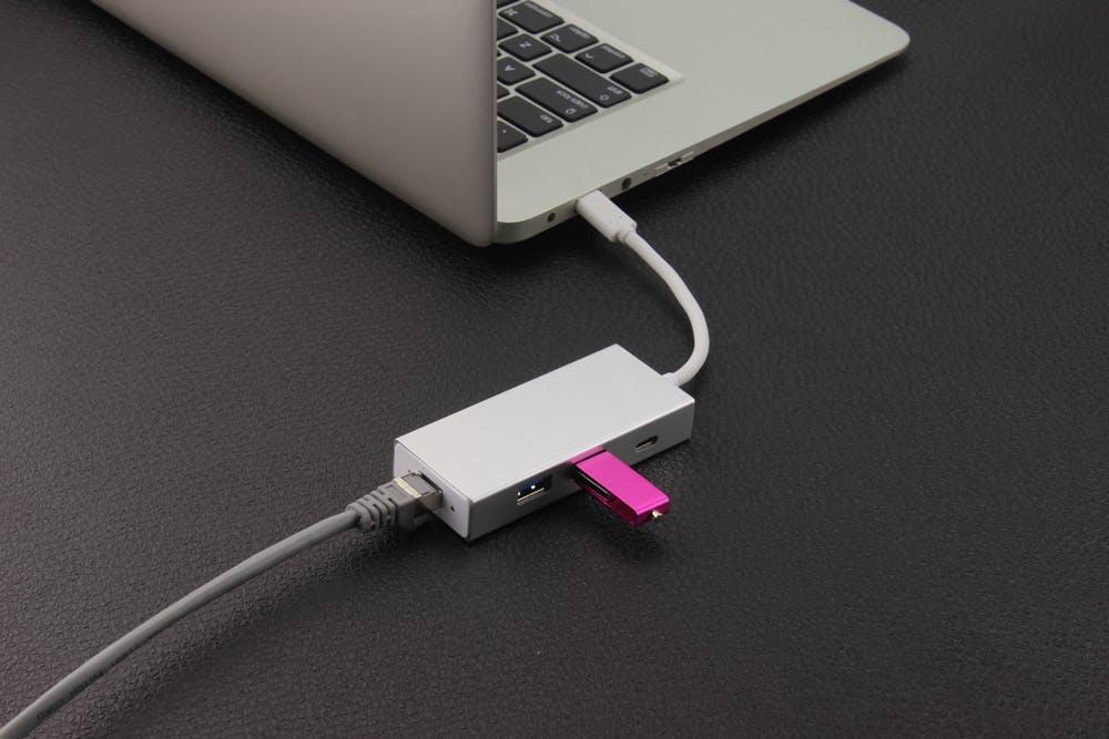 Macに有線でつなげている